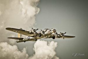 Classic B-17 in Flight 2